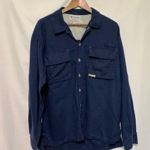 Columbia button down side vented size Large